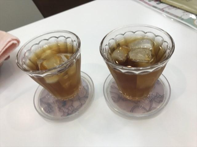サービスの紅茶